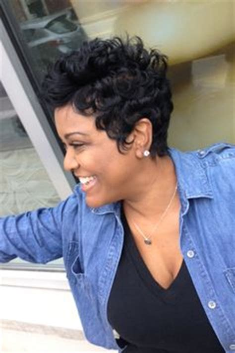 african american hair salons dayton ohio loose pin curls short haircut stylists loose curls and