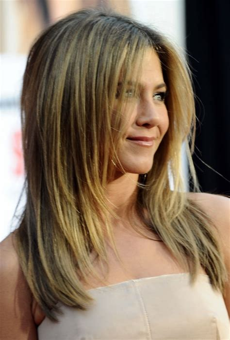 below shoulder haircuts with layers long layered haircuts for shoulder length hair