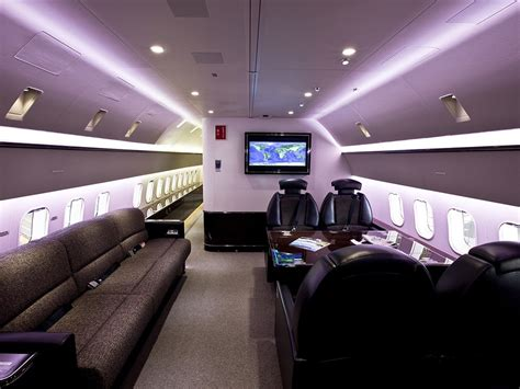 jet room the jumbo jets boeing and airbus turn into posh planes wired