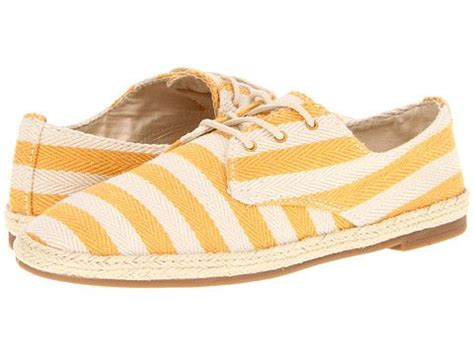 boat shoes are ugly replacement for ugly ass boat shoes that make women look