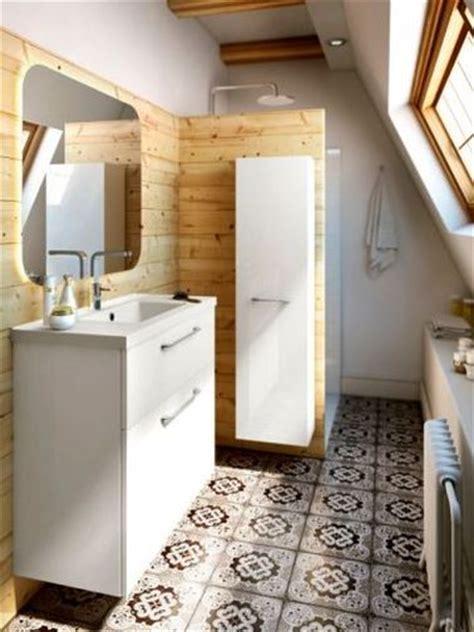 Charmant Peindre Des Carreaux De Salle De Bain #2: carreaux-ciment-et-bois-allies-pour-relooker-salle-de-bain.jpg