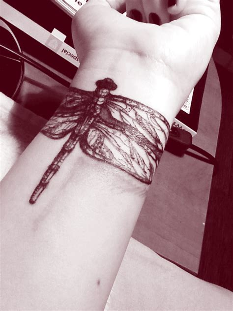 dragonfly tattoos on wrist 32 stylish wrist dragonfly tattoos