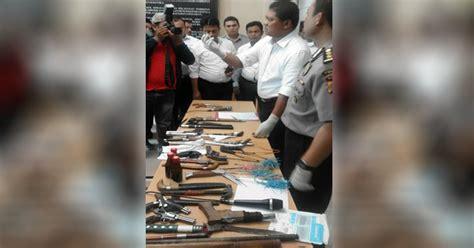 Busur Dan Anak Panah busur anak panah dan cairan diduga racun di hunian kader hmi okezone news