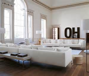 white livingroom benjamin 2016 color of the year simply white