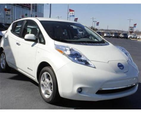 nissan leaf in glacier pearl qx1 from 2011 2012 2