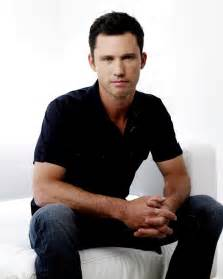 Jeffrey donovan photos tv series posters and cast