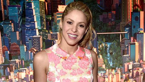 Shakira To Wed In September by Shakira Is Back In The Studio Shakira