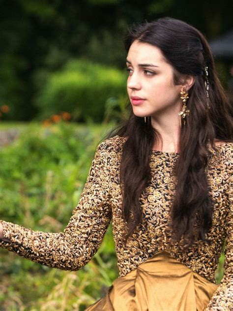long may she reign adelaide kane inspired hair makeup 130 best reign images on pinterest