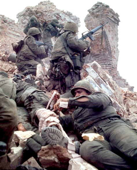 battle for hue tet 1968 marines fighting in hue 1968 archive photo of the day