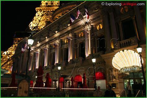 Paris Wedding Chapel Review   Exporing Las Vegas