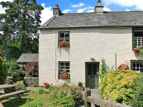 Cottages Lake District Keswick by Nook Cottage Rosthwaite The Lake District And Cumbria