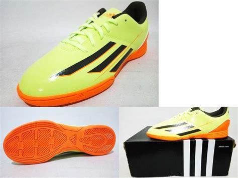 Sepatu Adidas Glow In The jual harga sepatu futsal nike original baru sepatu