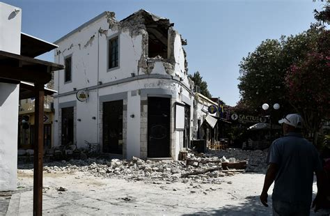 earthquake kos greece earthquake rattles kos and bodrum turkey killing