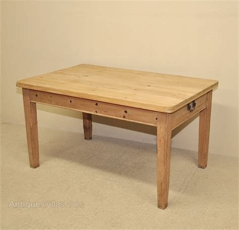 pine kitchen tables pine kitchen table antiques atlas