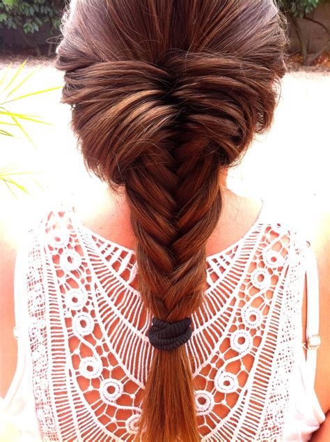 the salon that braids hair in the philippines easy fishtail braid tutorial on http dellelicious fr