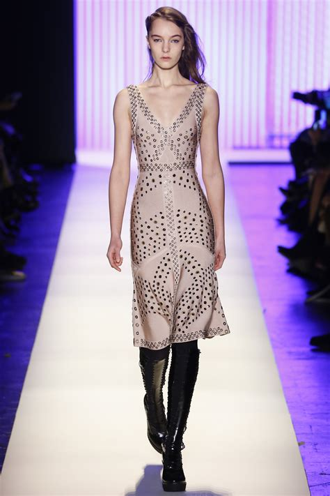 Designer Of The Year Herve Leger By Maz Azria by Show Review Herve Leger By Max Azria Fall 2016 Fashion