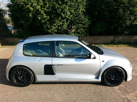 renault clio 2002 modified 2002 renault clio ii v6 sport coupe pictures