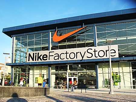 Outlet Stores by Nike Outlet Store Dreams Come True Hugeoutletstores