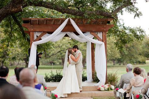 wedding ceremony fort worth tx wedding ceremony at the orchard azle tx fort worth wedding photographer