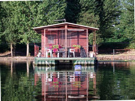 casa galleggiante casa galleggiante juzaphoto