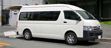 Toyota Hiace Hitop File Toyota Hiace H200 509 Jpg