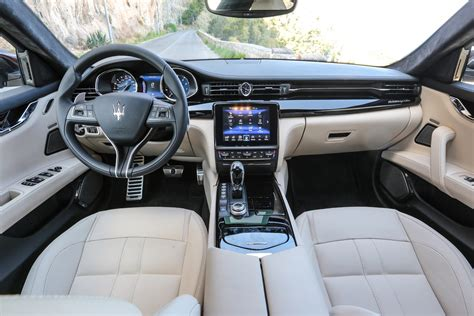 maserati quattroporte interior maserati quattroporte saloon 2016 features equipment