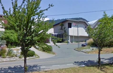 burnt rubber smell in house sooke s edward milne school evacuated due to odd smell