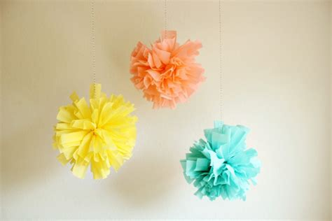 Pom Poms From Crepe Paper - diy crepe paper pom b the sweetest occasion the