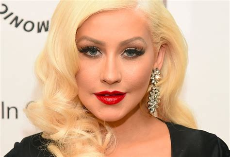 Aguilera Is A Chameleon by Aguilera Looks Unrecognisable In Makeup Free