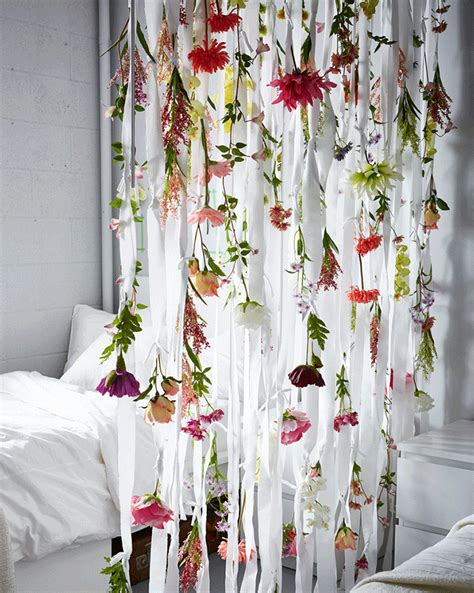 flower curtain 5 ways to make your dorm room epic