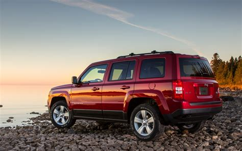 Jeep Patriot And Compass 2014 Jeep Compass And Jeep Patriot Make Detroit Debut