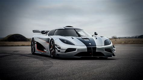 koenigsegg one wallpaper iphone koenigsegg agera one 1 koenigsegg hypercar koenigsegg