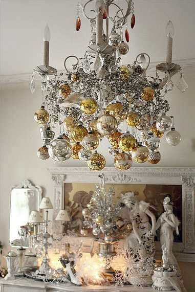 christmas chandeliers    perfect house decorations