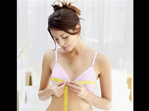 Bra Health Risks 2 by Wearing Wrong Size Bra Can Be Dangerous The Reasons
