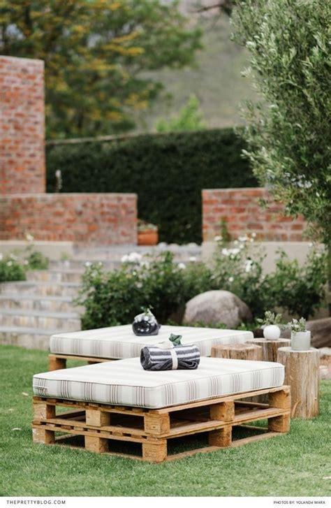 outdoor seating ideas cheap best 20 cheap backyard wedding ideas on cheap