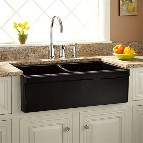 Fireclay Kitchen Sinks by 33 Quot Fiammetta Bowl Fireclay Farmhouse Sink Belted