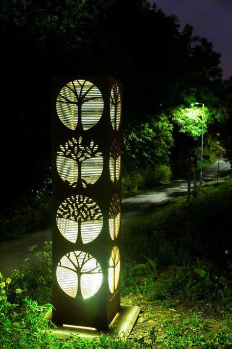 modern and contemporary outdoor garden sculpture modern