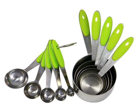 4 In 1 Kitchen Tools 1 Set Isi 4 Alat Dengan Fungsi Berbeda Mc 10 best kitchen tools every home cook needs
