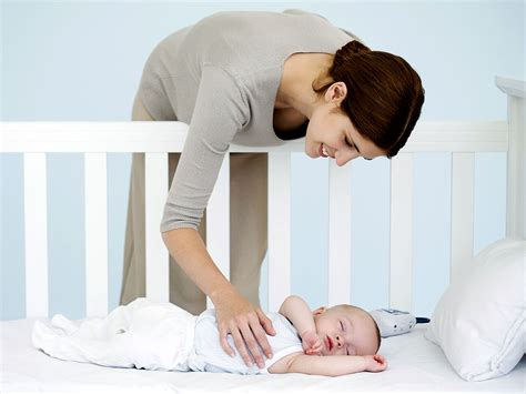 How To Get Your Baby To Sleep In Crib Hirerush Blog How Does A Baby Sleep In A Crib
