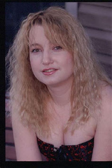 model rambut mandarin 90an pgp foto gambar photo model gaya rambut cewek crimped