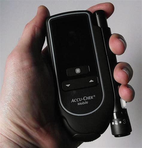 Accu Mobil Mazda 2 accu chek mobile