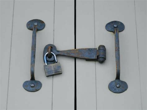 Locking Barn Door Hardware Lock Contemporary For Sliding Sliding Barn Door Locking Hardware