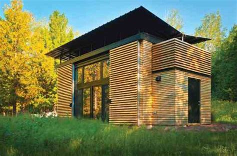 cutting edge an energy saving wisconsin tiny home
