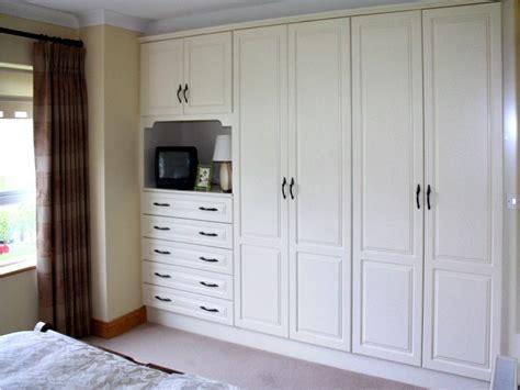 built in cupboards designs bedroom built in cupboards bedroom designs 2 shopfitting flooring