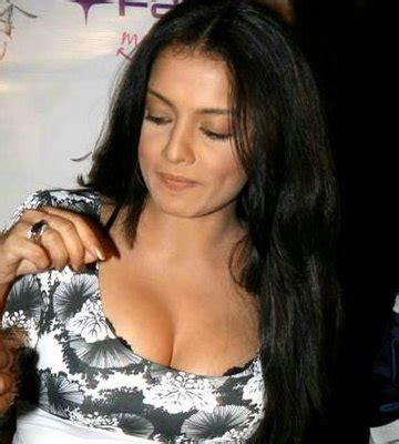 bollywood actresses clothes hot girls most popular actress bollywood without clothes