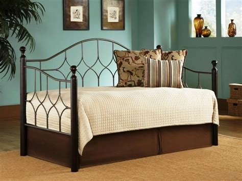contemporary day bed best contemporary daybed covers homesfeed