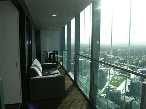 2 bedroom apartments for rent manchester 2 bedroom apartment to rent in beetham tower manchester