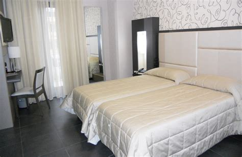 alberghi con vasca idromassaggio in napoli hotel con vasca idromassaggio hotel in provincia di napoli