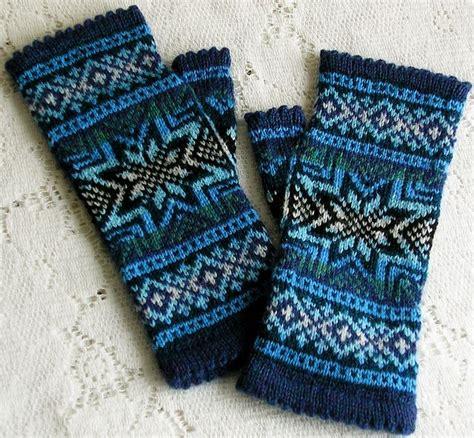 snowflake pattern mittens 101 best knit crochet gloves mittens images on pinterest