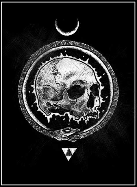 hell moon skull triangle esoteric uroboros gozer